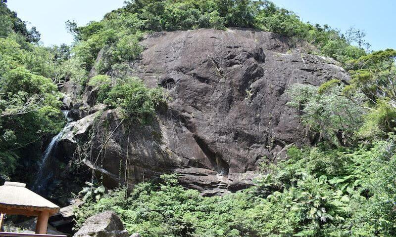 轟の滝の一枚岩